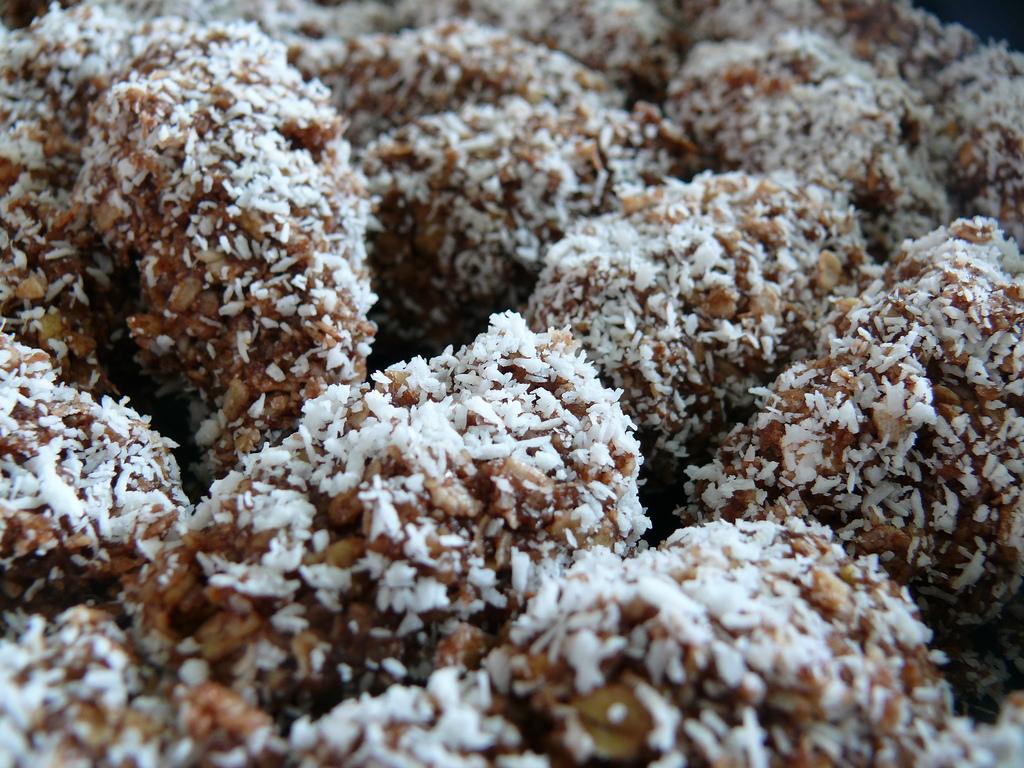 Chokladbollar!! 3 recept!!
